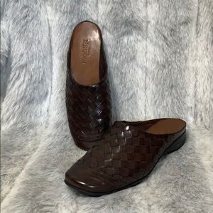 NIB Sesto Meucci leather weaves mule
